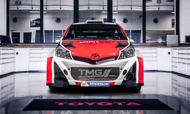 Фото Toyota Yaris WRC
